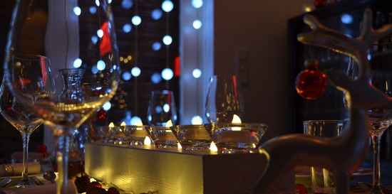 How to meet guests and hold festive feasts